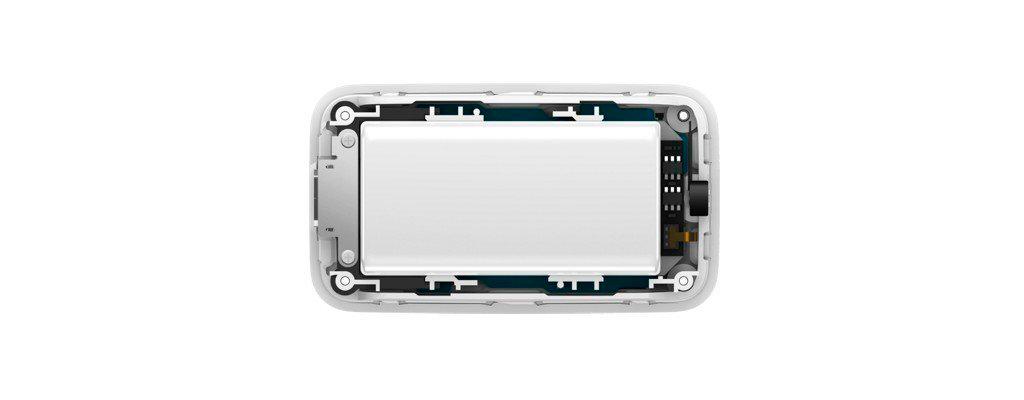 Xiaomi GPS Tracker оснащен аккумулятором емкостью 760 мАч