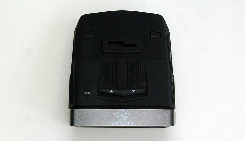 Stonelock Phoenix – автомобильный видеорегистратор, совмещенный с радар-детектором и GPS-информером, тест